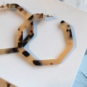 "Jewelry - Hexagon 2.5"" Brown & Cream Tortoise Hoops"